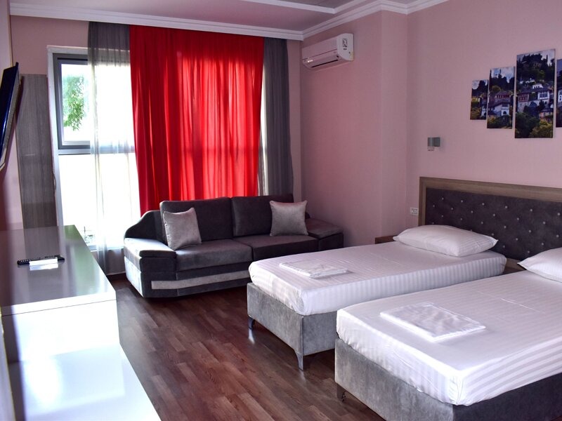 Hotel Number One - Deluxe Room with Balcony, vacation rental in Gjirokaster County