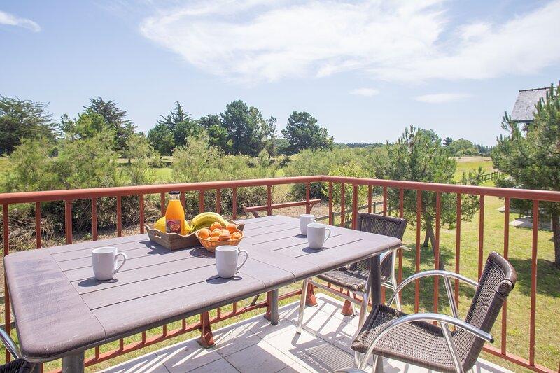 Eagle - Duplex proche plage et golf - piscine et sauna, location de vacances à Frehel