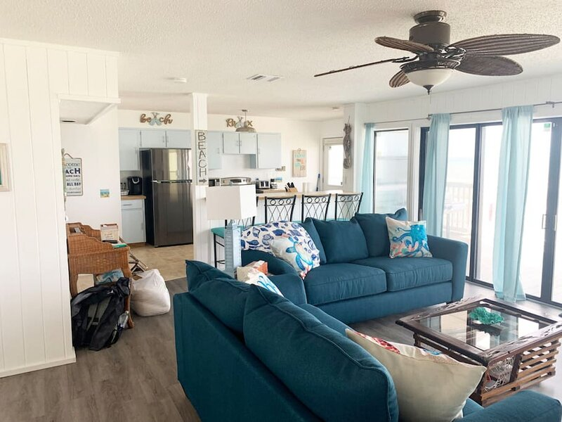 The Funky Pelican Retreat, vacation rental in Marineland