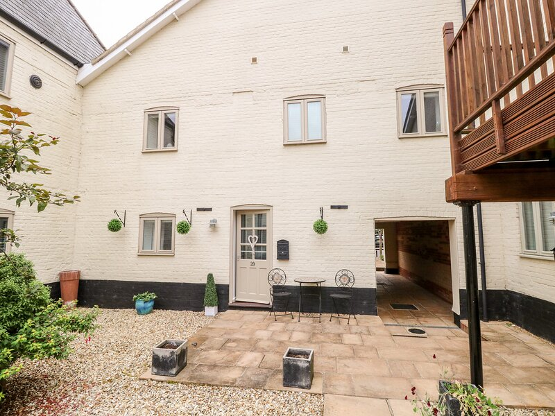 The Cottage, Pulham Market, vacation rental in Gissing