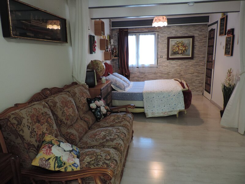 Chambre Style 1900, holiday rental in Bonnefamille