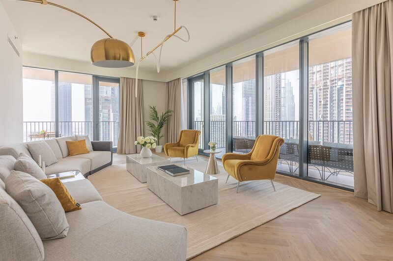 Stunning and Luxurious 3BR Apartment in Downtown, casa vacanza a Hatta