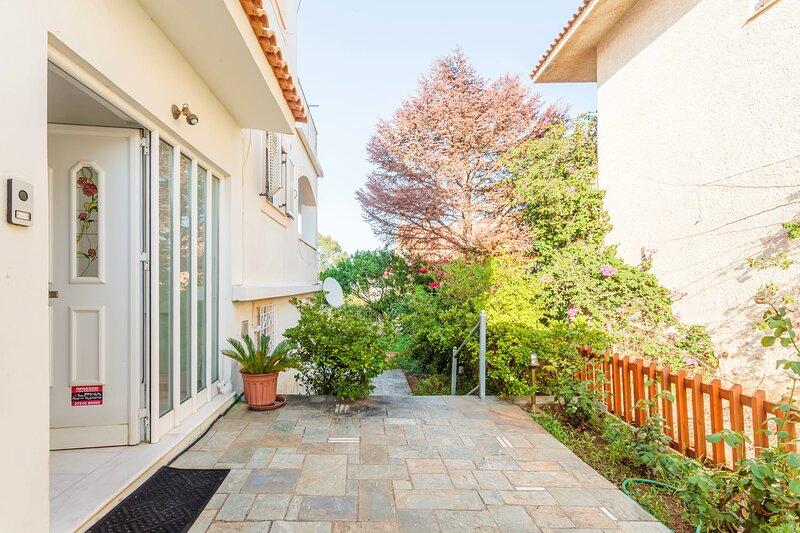 Casa Nebari Seaside Home-Fully Equipped,Ideal Spot, holiday rental in Kalamaki