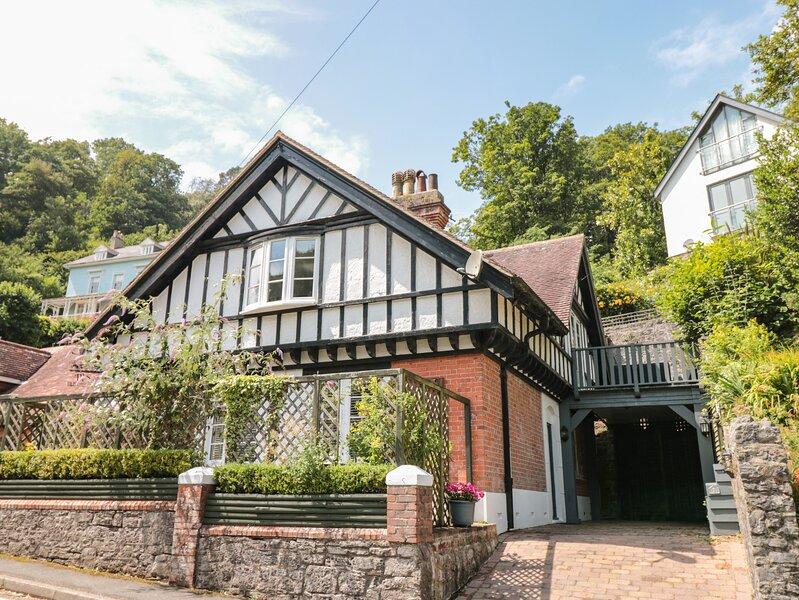 1 THE OLD COACH HOUSE, near Dartmouth, open plan living space, views of, alquiler de vacaciones en Stoke Fleming