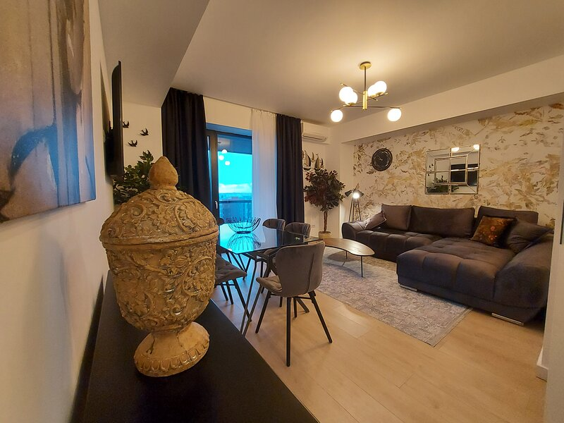 'Prime location, Sea view flat near the Beach', vacation rental in Eforie Nord