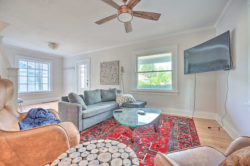 South Bend Vacation Rental | 3BR | 2.5BA | 2,000 Sq Ft | Stairs Required