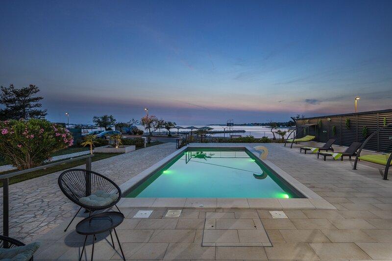 Beautiful Villa Palma Zaton, aluguéis de temporada em Zaton
