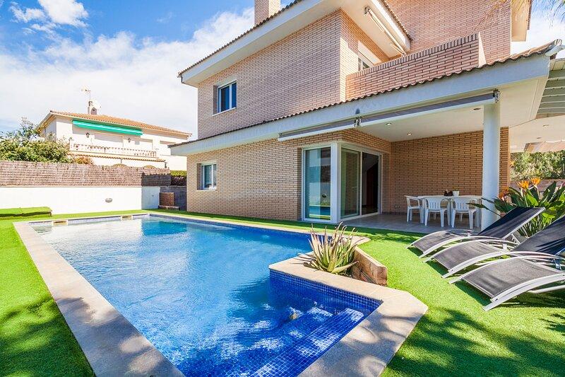 Perfecta para vacaciones en familia con piscina privada - VILLA LA MORA, alquiler vacacional en Tamarit