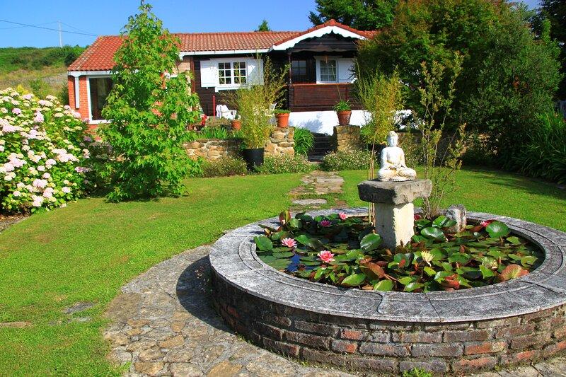 Casas Vairocana. La Casa de los Budas, holiday rental in Novales