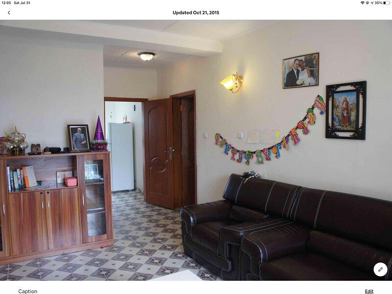 Family home near international school, alquiler de vacaciones en Addis Ababa
