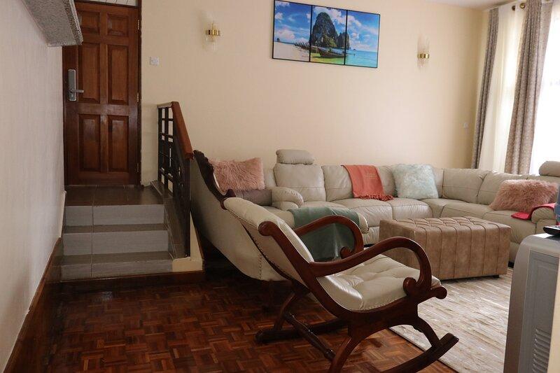 Glamour Suites - Lenana Peak, vacation rental in Nanyuki Town