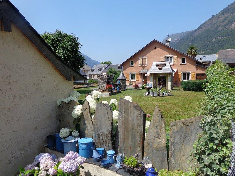 chez Corine MARQUE, avec prêt matériel ski., vacation rental in Luz-Saint-Sauveur