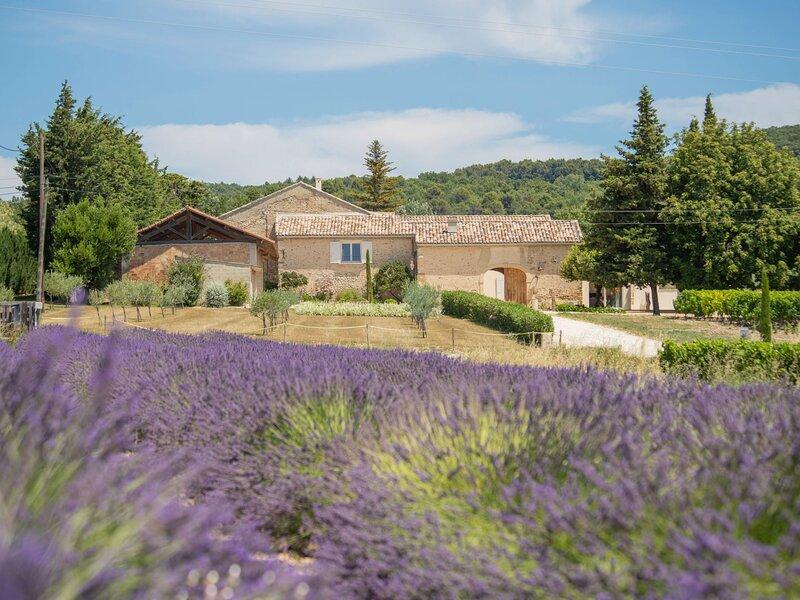 La Machotte (VSN160), vacation rental in Valreas
