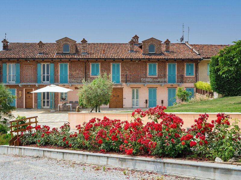 Bricco delle Rondini (ABA400), holiday rental in Gherba