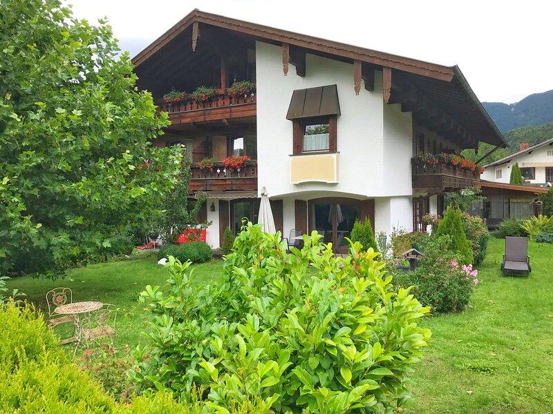 Achentaler Vitalhotel, vacation rental in Ubersee