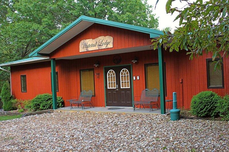 Whitetail Lodge, holiday rental in Lockridge
