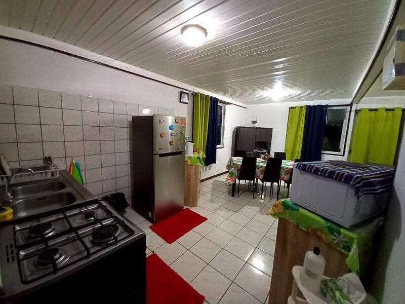 Bora-Bora Vaitihei Lodge, casa vacanza a Bora Bora