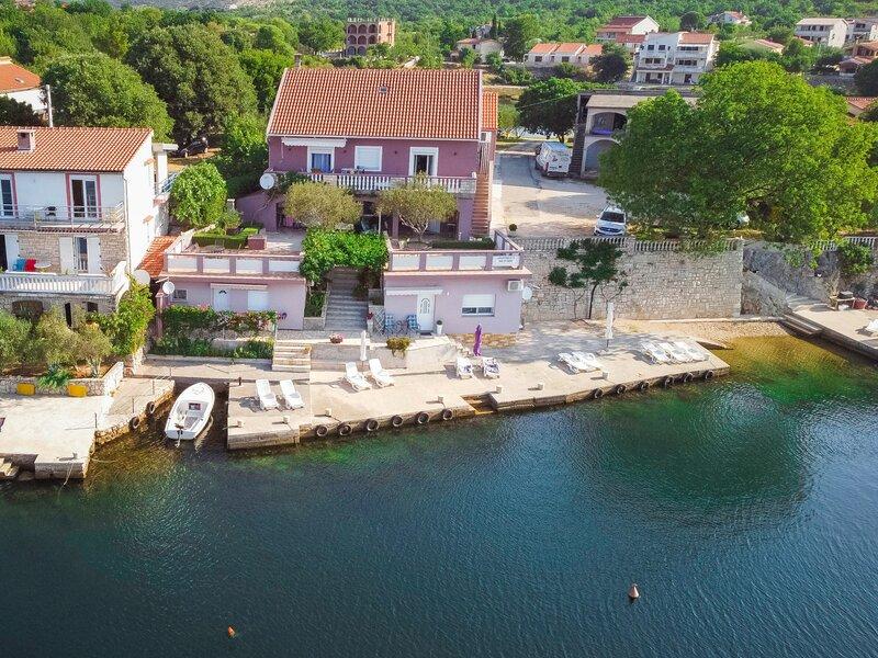 Ana, holiday rental in Gornji Karin
