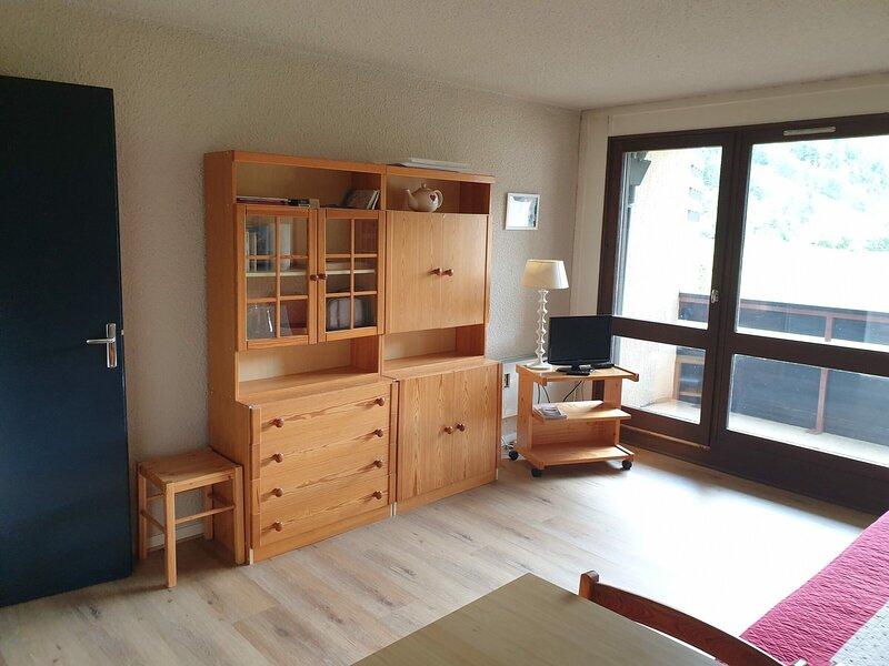 Studio au sépart des pistes de ski de Corrençon en Vercors, holiday rental in Le Gua