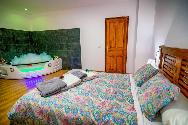Casa Rural Aguas Frias III, casa vacanza a Benllera