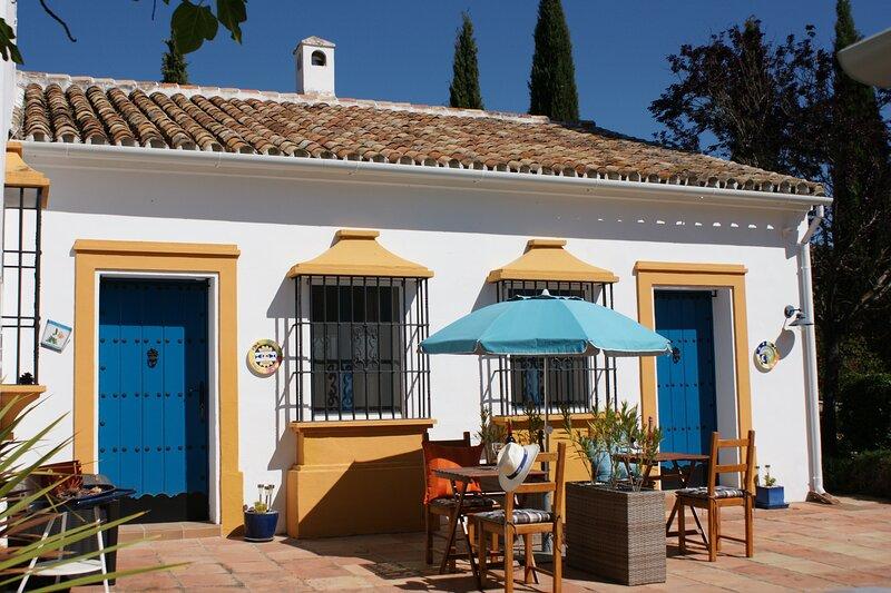 Beautiful Casitas on the outskirts of Ronda, alquiler vacacional en Benaoján