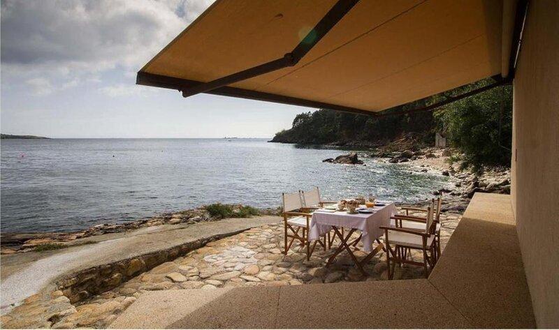 House - 2 Bedrooms with WiFi and Sea views - 106828, location de vacances à O Ezaro