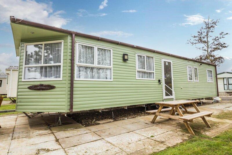 Brilliant 6 berth caravan at Southview Holiday Park near Skegness ref 33125S, aluguéis de temporada em Burgh le Marsh