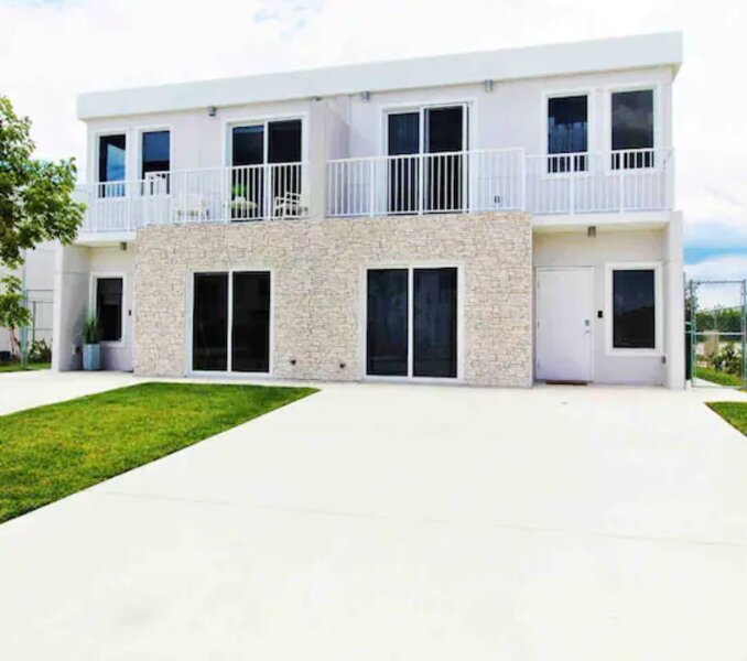 Comfortable European Style Home 4BR/4BA, holiday rental in Palmetto Bay