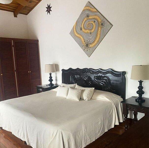 Room 'King' - Tierra Magica, holiday rental in San Jose