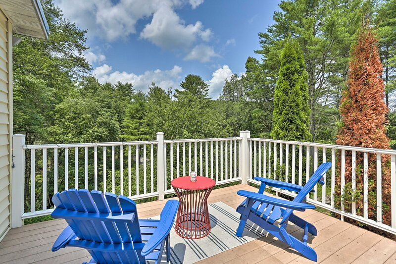 NEW! Updated Family Home: 1 Mile to Delaware River, vacation rental in Pond Eddy
