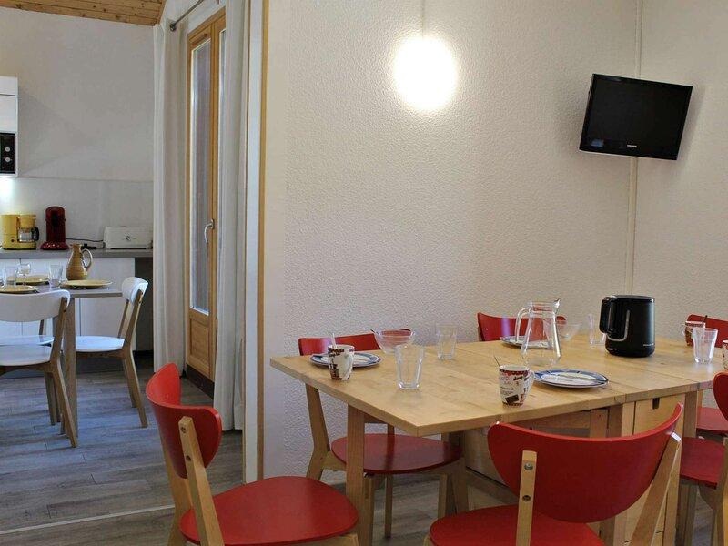 Appartement 4 pièces 6 couchages RISOUL 1850, aluguéis de temporada em Risoul