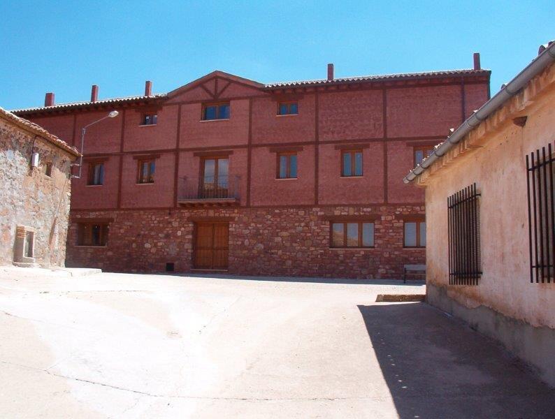 Casa Rural Grande para Grupos Tres Navíos en el Mar, casa vacanza a Berlanga de Duero