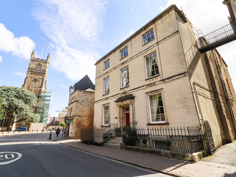 Dollar Ward House, Cirencester, vacation rental in Ampney Crucis