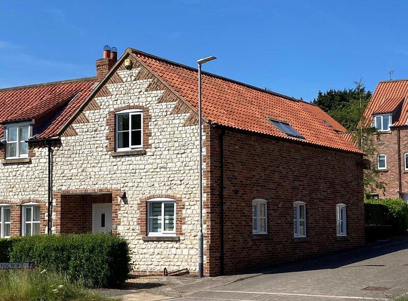 April Cottage Flamborough, Bridlington, East Yorkshire, holiday rental in Bridlington