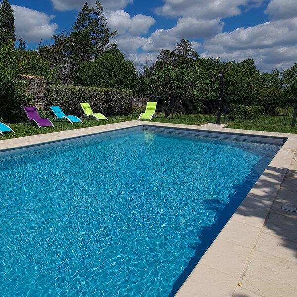 L'enclos bleu, holiday rental in Charron