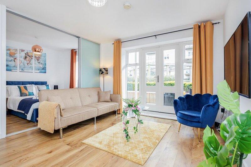 Luxury 1 bed apartment, location de vacances à Ickenham