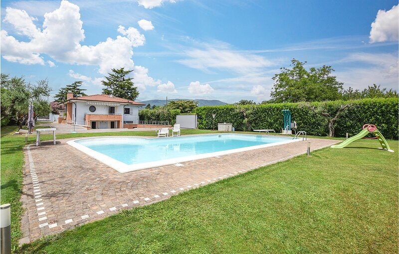 Amazing home in Velletri with Outdoor swimming pool and 4 Bedrooms (IRU397), holiday rental in Giulianello