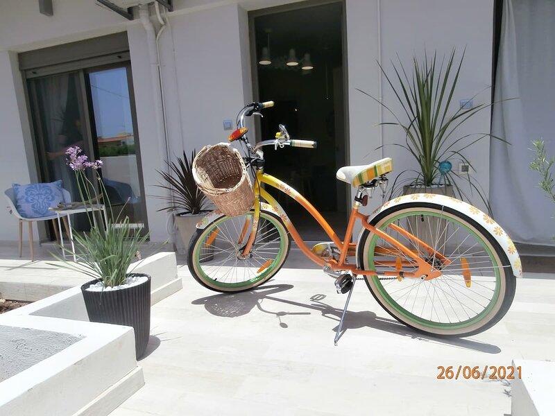 Rethymno Modern Sea House, vacation rental in Xiro Chorio
