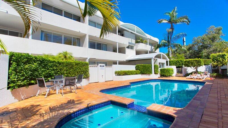 Cote D'azur 6 Douglas Street 6, holiday rental in Sunshine Beach