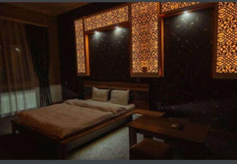Stunning 5-Bed Villa in Multan, location de vacances à Lahore