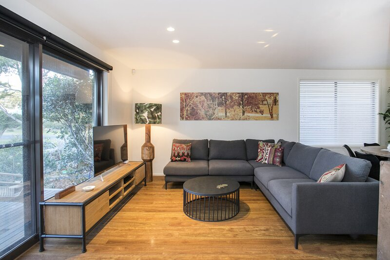 Normandy Street 5, holiday rental in Milton