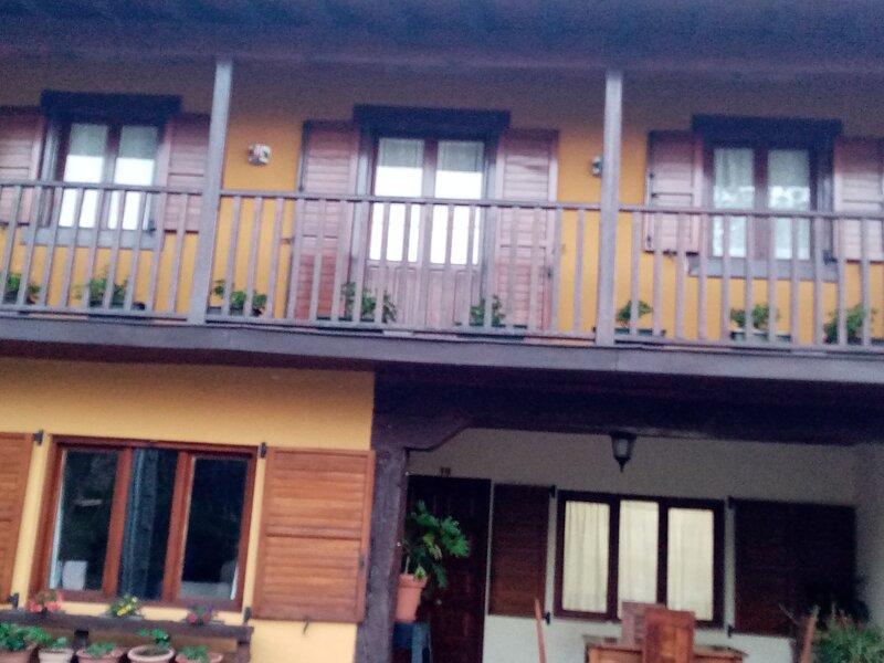 casa rural, holiday rental in Novales