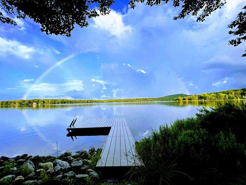 Arrowhead Lake Chalet/Lakehouse/Beachfront Home!!!, vacation rental in Pocono Lake