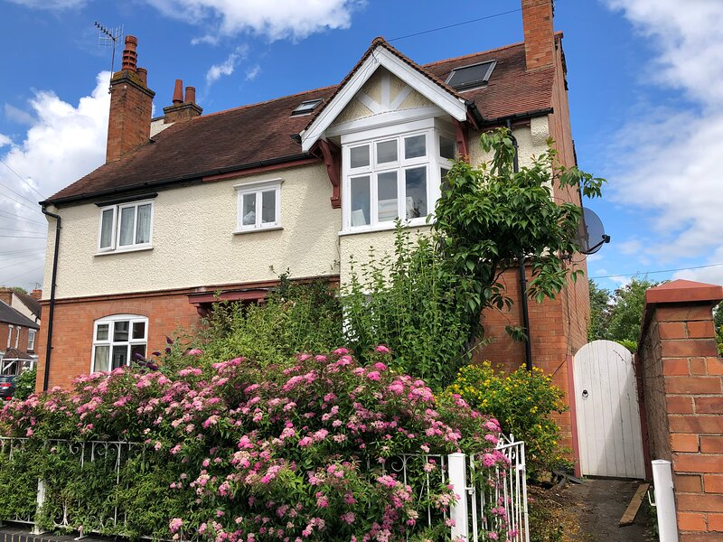 Lovely Vacation house in Stratford-Upon-Avon, location de vacances à Aston Cantlow