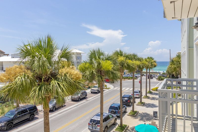 Golden on 30A, holiday rental in Seaside