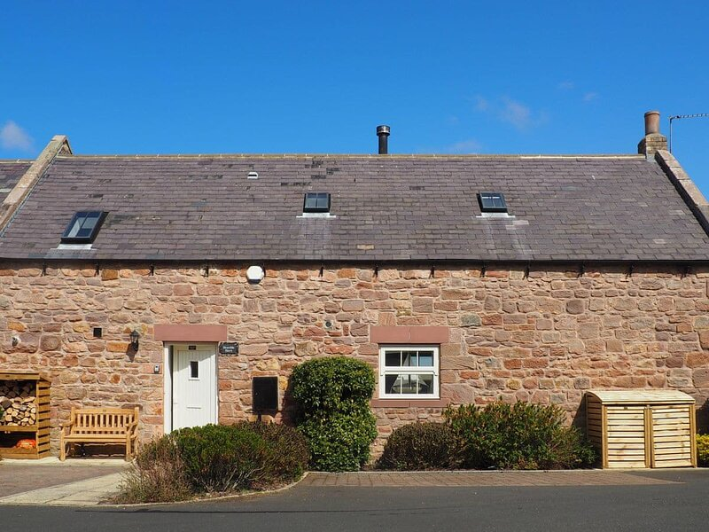 Bramble Barn Bamburgh, holiday rental in Ancroft