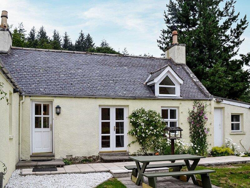 Corrennie School Cottage, location de vacances à Alford