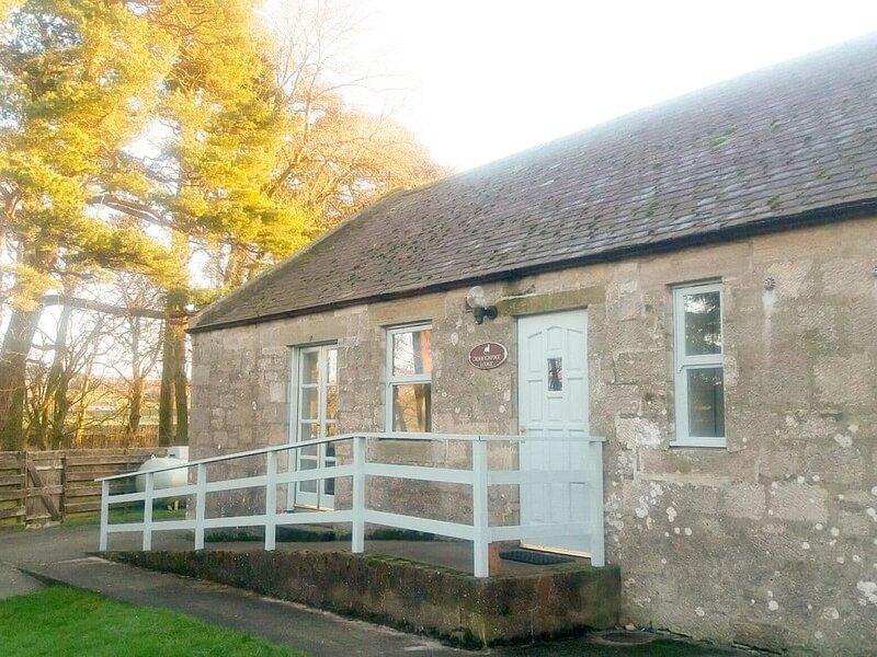 Waterside Cottage - UK7171, holiday rental in Leadhills