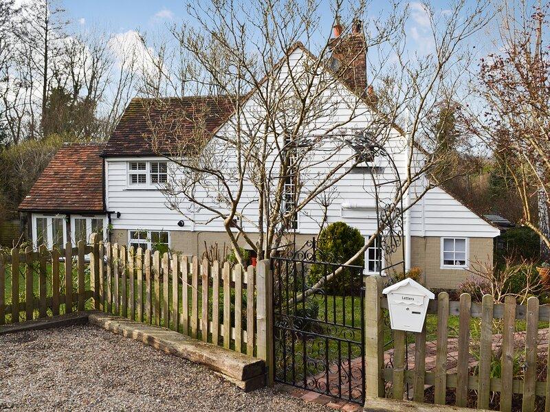Gorse Cottage, holiday rental in Robertsbridge