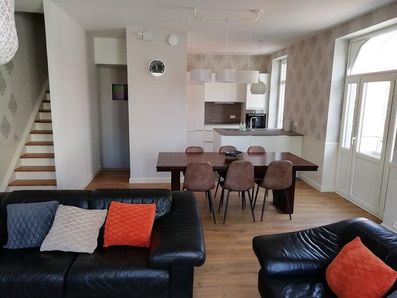 Residentie VERONY duplex, vacation rental in Wenduine